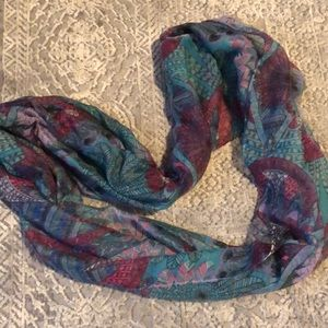 NWOT D&Y Feather Geometric Pattern Infiniti Scarf